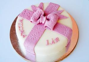 Presenttårta
