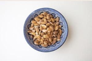Saltrostade mandlar